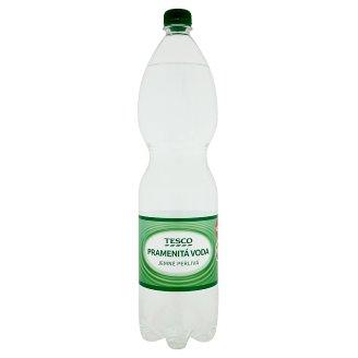 Tesco Pramenitá voda jemně perlivá 1,5l