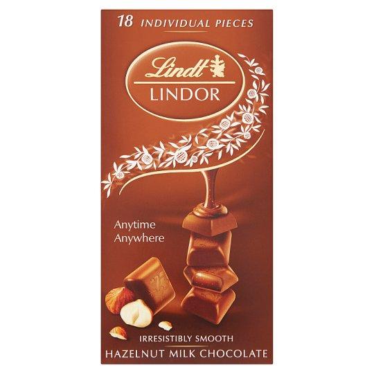 Lindt Lindor Mléčná čokoláda s jemnou náplní a drcenými lískovými ořechy 100g