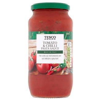Tesco Středně pálivá rajčatová omáčka na těstoviny s cibulí a červenými chilli 500g