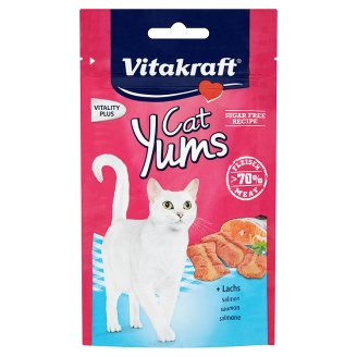 Vitakraft Cat Yums Pieces with Salmon 40g