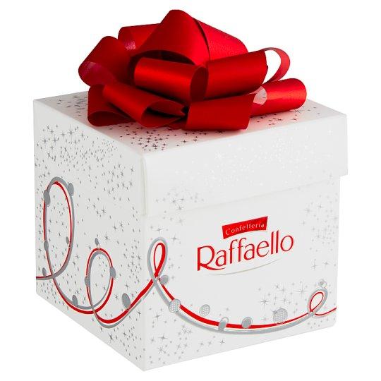 Ferrero Raffaello Oplatka s náplní a celou mandlí zdobená strouhaným kokosem 70g