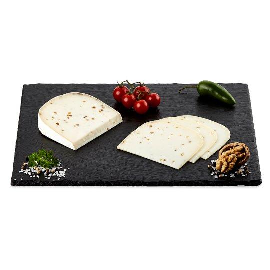 Kozí sýr 50+ s pískavicí a koriandrem (krájený)