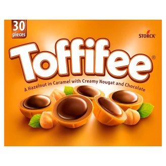 Storck Toffifee Celá jádra lískových ořechů v karamelu s lískoořechovým krémem a čokoládou 250g