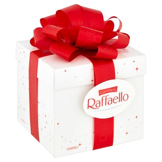 Ferrero Raffaello Wafer Filled with Whole Almonds and Garnished with Grated Coconut 300g