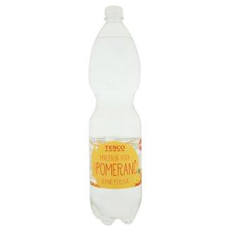 Tesco Minerální voda jemně perlivá s příchutí pomeranč 1,5l