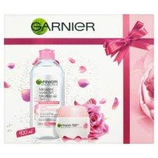 image 1 of Garnier Skin Naturals Gift Set