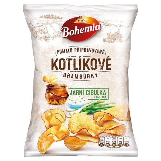 Bohemia Kotlíkové brambůrky jarní cibulka a smetana 120g
