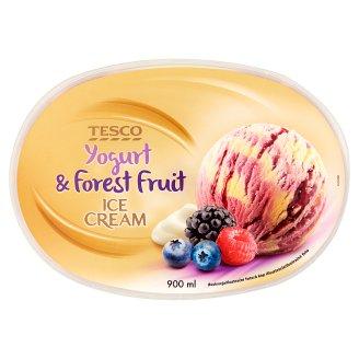 Tesco Mražený krém s jogurtem, polevou a kousky lesních plodů 900ml