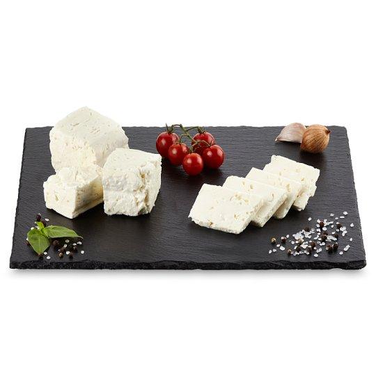 Balkánský sýr (krájený)