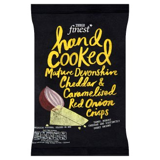 Tesco Finest Bramborové lupínky s příchutí zralého sýru Čedar a zkaramelizované červené cibule 40g