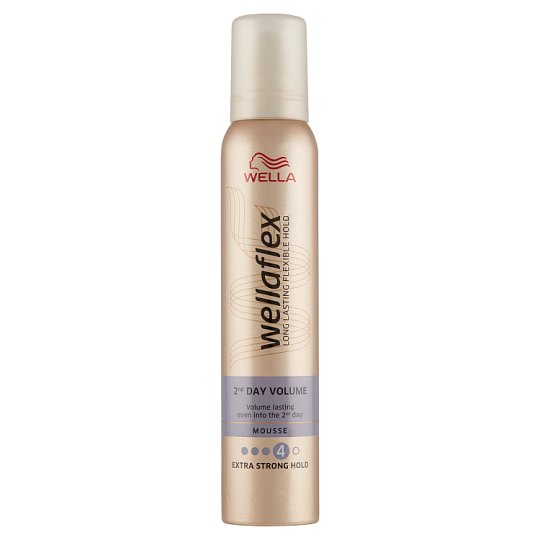 Wella Wellaflex 2nd Day Volume Extra Strong Hold Mousse 200 ml