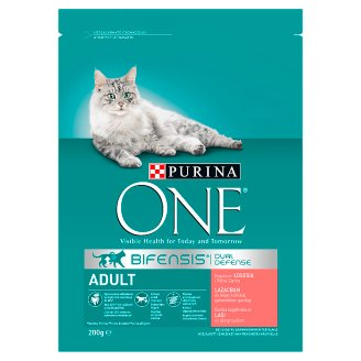 Purina One Adult Cat Dry Cat Food Rich in Salmon and Whole Grain Wheat 200 g
