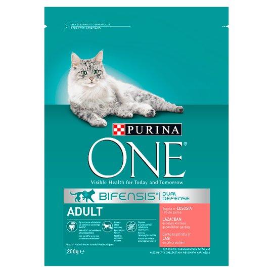Purina One Adult Cat lazacban és teljes kiőrlésű gabonákban gazdag száraz macskaeledel 200 g
