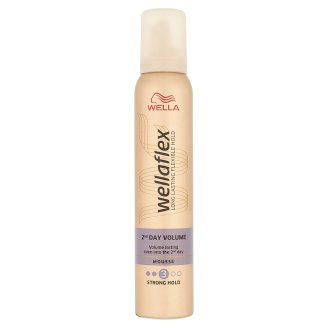 Wella Wellaflex 2nd Day Volume Strong Hold Mousse 200 ml