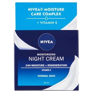 NIVEA Aqua Effect regeneráló éjszakai arckrém normál bőrre 50 ml