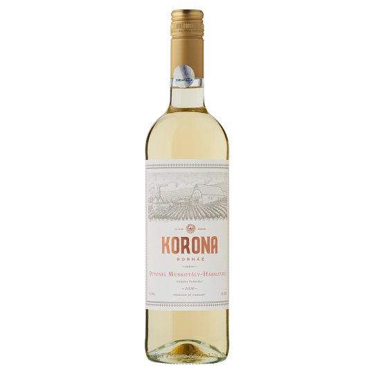 Egri Korona Borház Egri Fehér Ottonel Muskotály-Hárslevelű félédes fehérbor 12,5% 750 ml