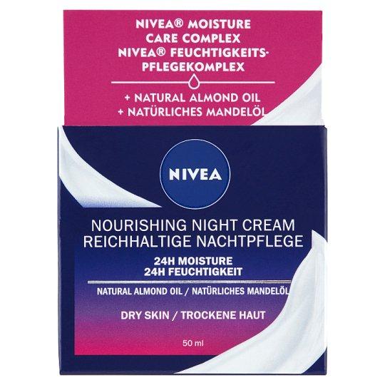 NIVEA Essentials tápláló éjszakai arckrém száraz és érzékeny bőrre 50 ml