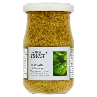Tesco Finest Genovese Green Pesto with Basil and Extra Virgin Olive Oil 190 g