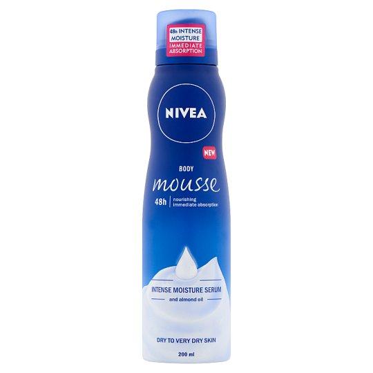 NIVEA intenzív testápoló hab mélyhidratáló szérummal és mandulaolajjal 200 ml