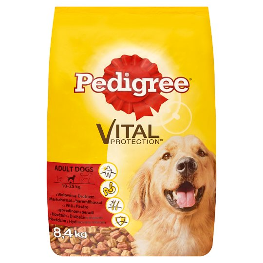 Pedigree Vital Protection Complete Food for Adult Dogs with Beef and Chicken 8,4 kg