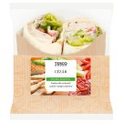 Tesco Pie with Roast Chicken Breast, Caesar Salad Dressing, Tomato, Salad and Bacon 179 g