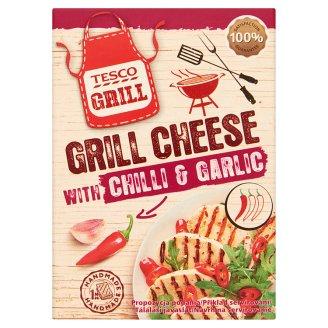 Tesco Grill zsíros, félkemény grillezésre szánt chilis-fokhagymás sajt 240 g