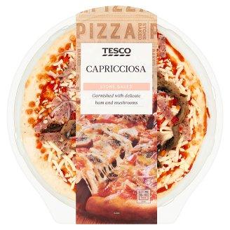 Tesco Capricciosa paradicsomos, sajtos, sonkás, csiperkegombás, paprikás, vöröshagymás pizza 384 g