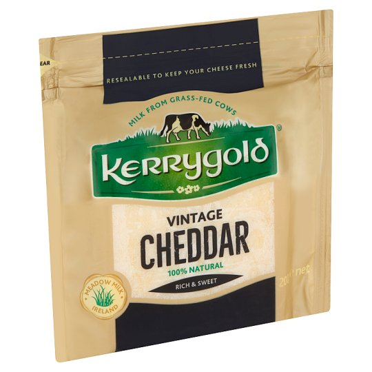 Kerrygold Vintage Cheddar zsíros, kemény, 18 hónapos érlelésű írsajt 200 g