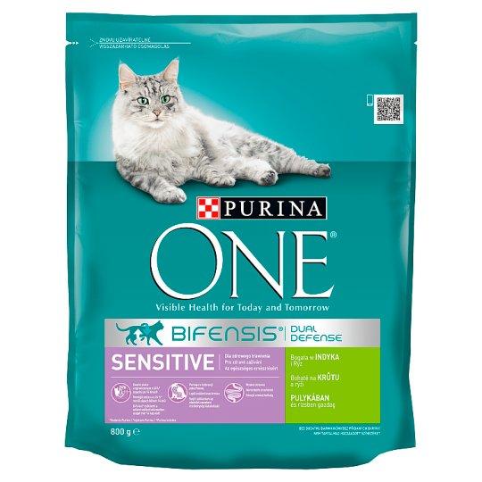 Purina One Sensitive pulykában és rizsben gazdag teljes értékű állateledel felnőtt macskáknak 800 g