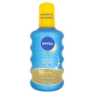 NIVEA SUN Protect & Refresh átlátszó napozó spray FF 50 200 ml