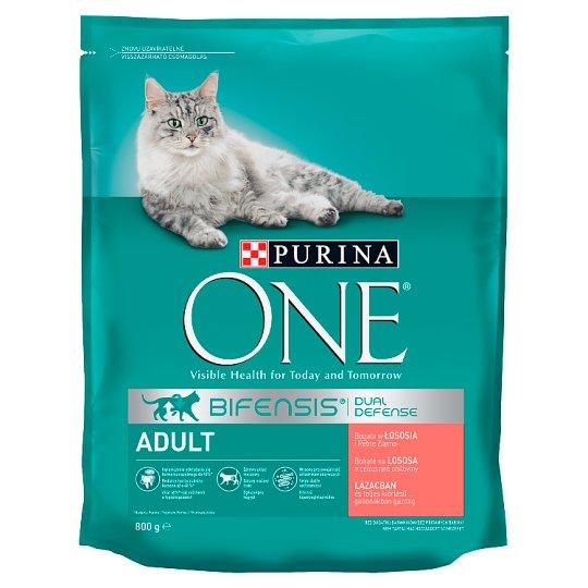Purina One Adult teljes értékű száraz állateledel felnőtt macskák számára lazaccal, gabonákkal 800 g