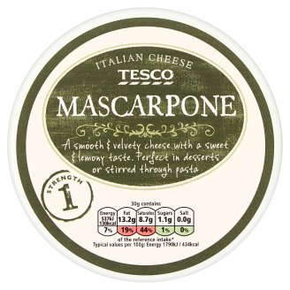 Tesco Mascarpone Creamy, Fat Fresh Cream Cheese 250 g