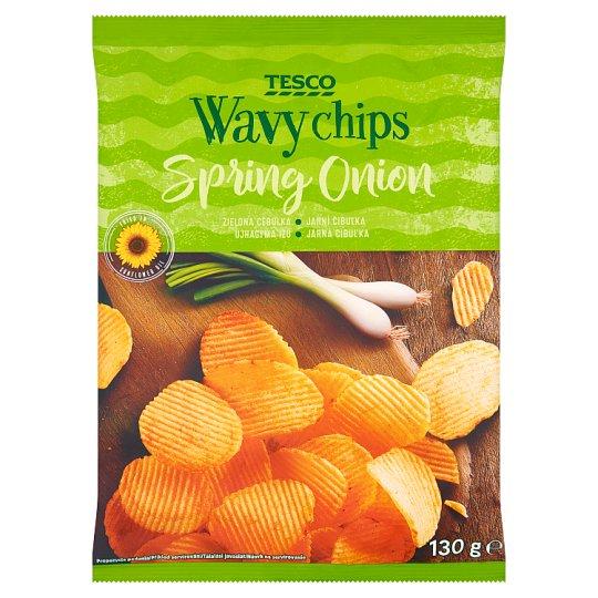 Tesco Chipsy ziemniaczane grubo krojone o smaku zielonej cebulki 130 g