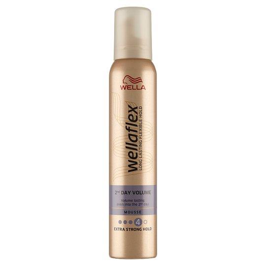 Wella Wellaflex 2nd Day Volume Mousse 200 ml