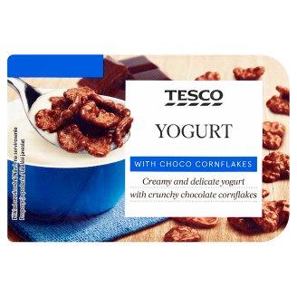 Tesco Jogurt z płatkami kukurydzianymi w czekoladzie mlecznej 150 g