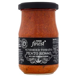 Tesco Finest Sundried Tomatoes Extra Virgin Olive Oil Basil and Cheese Red Pesto 190 g