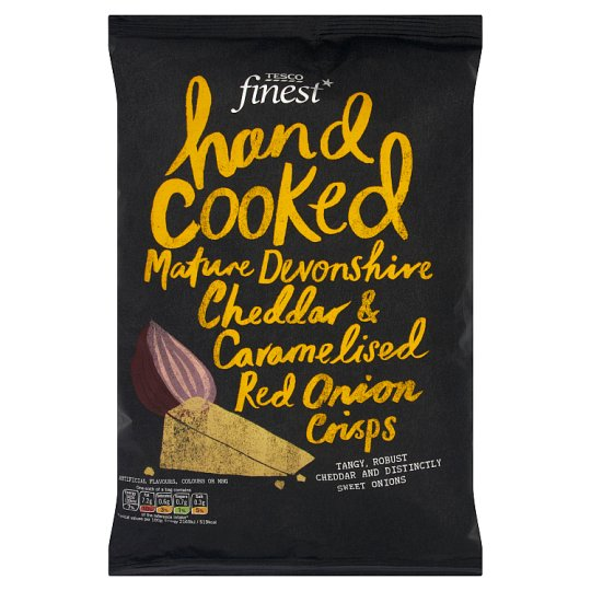 Tesco Finest Hand Cooked Mature Devonshire & Cheddar & Caramelised Red Onion Crisps 150 g