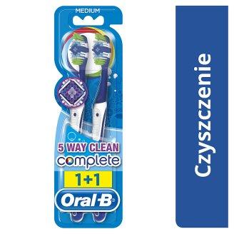Oral-B Complete 5 Way Clean Medium Manual Toothbrush x2