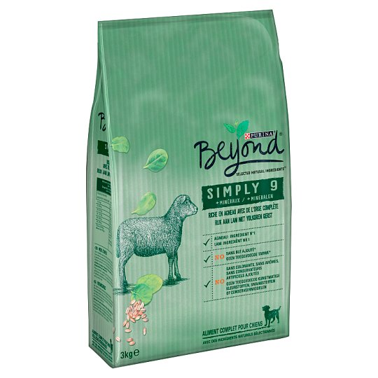 Beyond Simply 9 Rich in Lamb with Whole Barley Complete Dog Food 3 kg