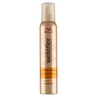 Wella Wellaflex Curls & Waves Pianka do włosów 200 ml
