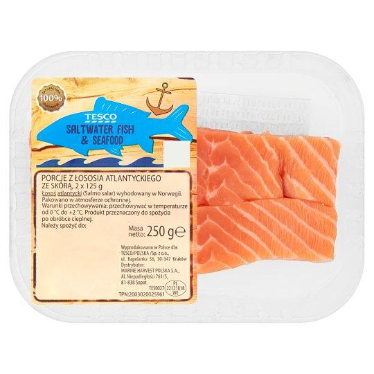 Tesco Porcje z łososia atlantyckiego ze skórą 250 g (2 sztuki)
