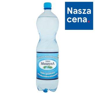 Tesco Muszyna Naturalna woda mineralna wysokozmineralizowana lekko gazowana 1,5 l