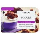 Tesco Sladený biely jogurt s chrumkavými krúžkami v mliečnej čokoláde 150 g