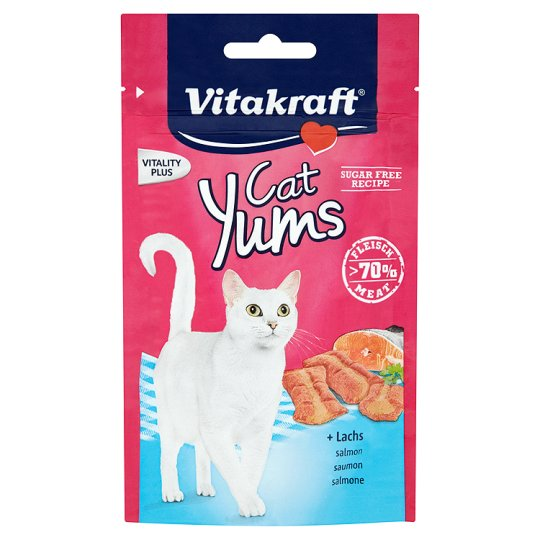 Vitakraft Cat Yums Soft Pieces with Salmon 40 g