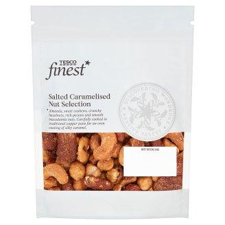 Tesco Finest Slané karamelizované mandle, kešu orechy, lieskové, pekanové a makadamové orechy 225 g