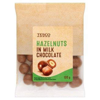Tesco Lieskové orechy jadrá pražené v mliečnej čokoláde 100 g