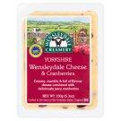 Wensleydale Creamery Yorkshire Wensleydale & Cranberries - tvrdý polotučný syr s brusnicami 150 g