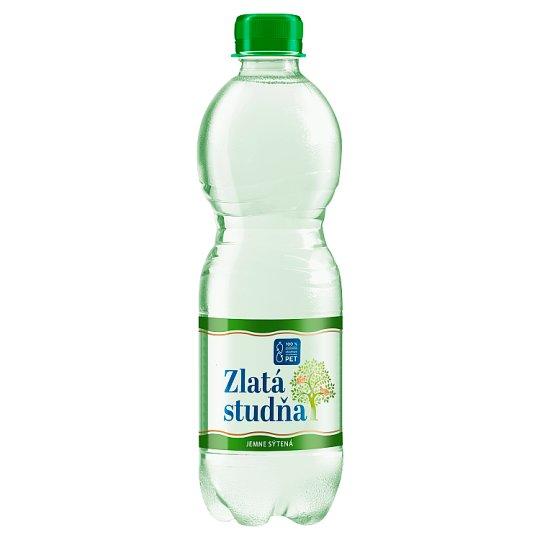 Zlatá Studňa Pramenitá voda z Jasenova jemne sýtená 0,5 l