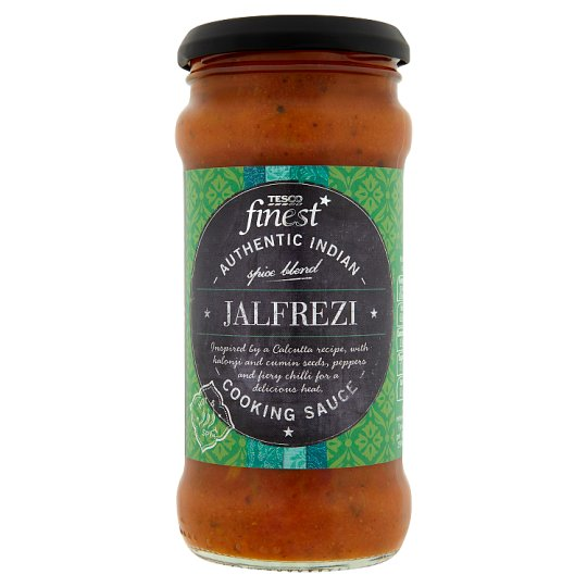 Tesco Finest Omáčka z paradajok so zelenými a červenými paprikami chilli krúžky, palivá 350 g