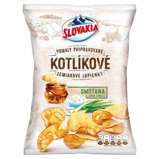 Slovakia Kotlíkové Zemiakové lupienky smotana a jarná cibuľka 120 g